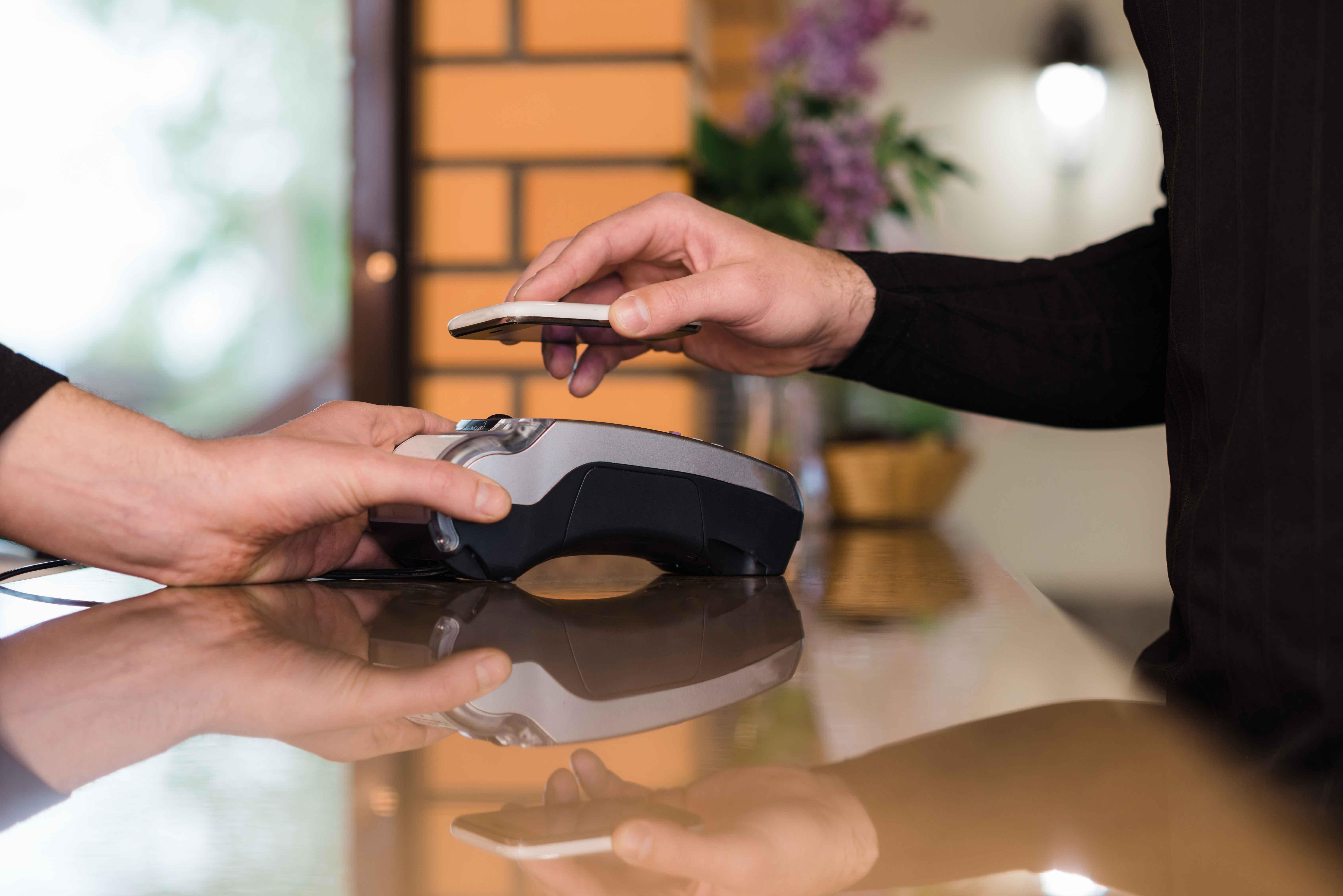 E-commerce Made Human Through Virtual Shopping and Brand Experience Innovation w/ Natasha Franzen of HERO